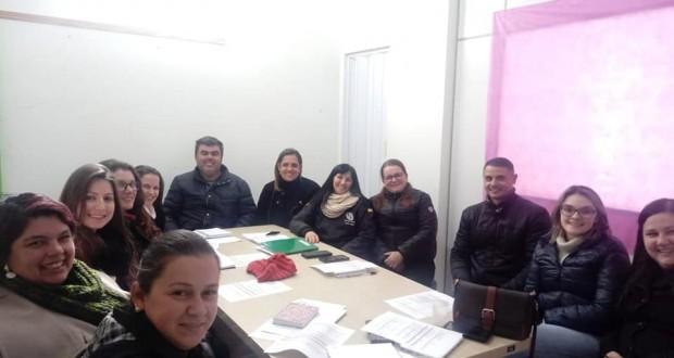 Preparativos para receber o Projeto de Educação Ambiental nas Escolas Municipais e Escola Estadual Edgardo Pereira Velho